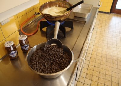 Koken van de Carla Ganache